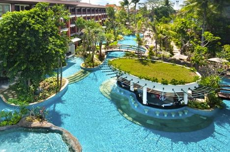 Family Hotel In Legian Padma Resort