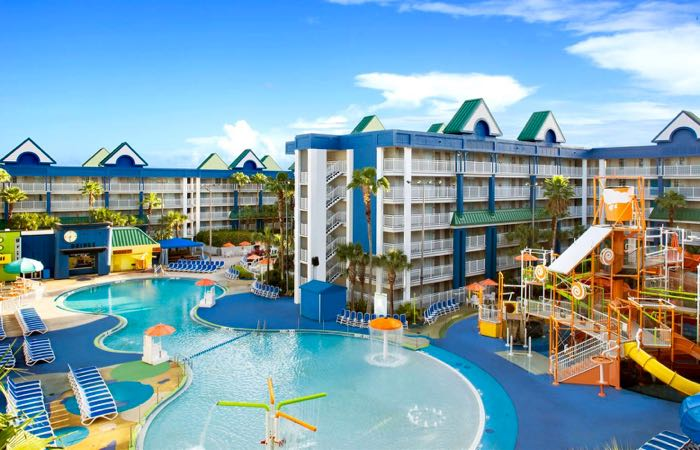 Kid friendly hotel in Orlando with water slides.