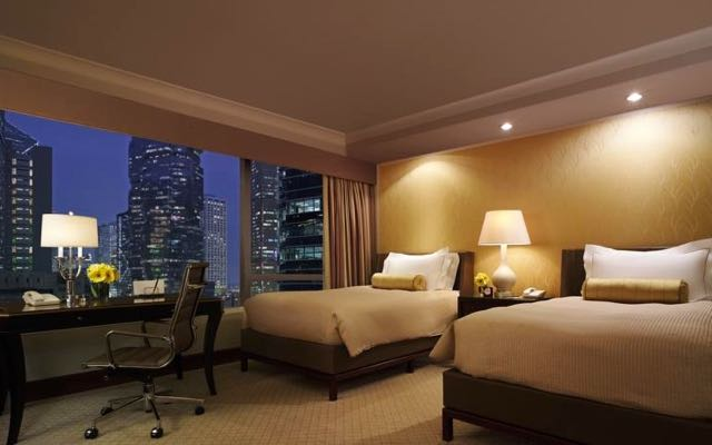 The  Best Family Hotels in Hong Kong: The Conrad