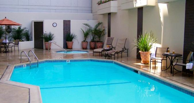 7 best family hotels in san diego the 2018 guide for Best western pool