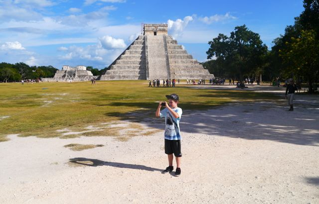 Chichen Itza pyramid – day trip from Cancun
