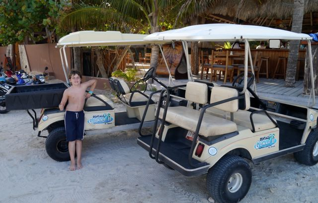 Golf cart rentals on Isla Mujeres