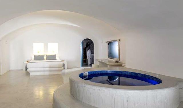Best Santorini Villa: Pegasus Villas in Imerovigli