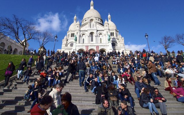 Sacre Coeur with Kids