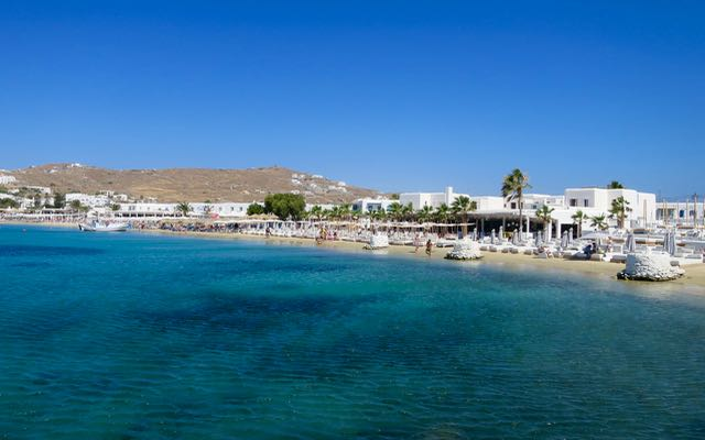 Ornos Beach on Mykonos – Close to Mykonos Town.