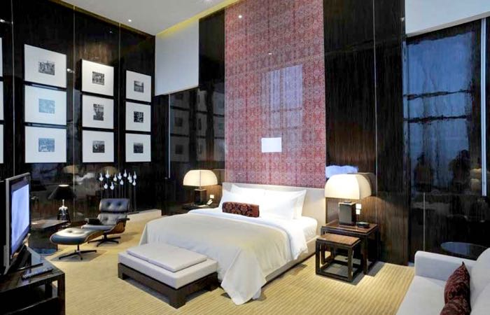 Bangkok's Le Meridien Hotel has great travel-oriented perks.