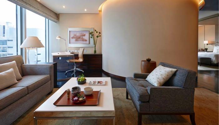 Best 5 Star Hotel near Tokyo Station, Ginza, Airport Train