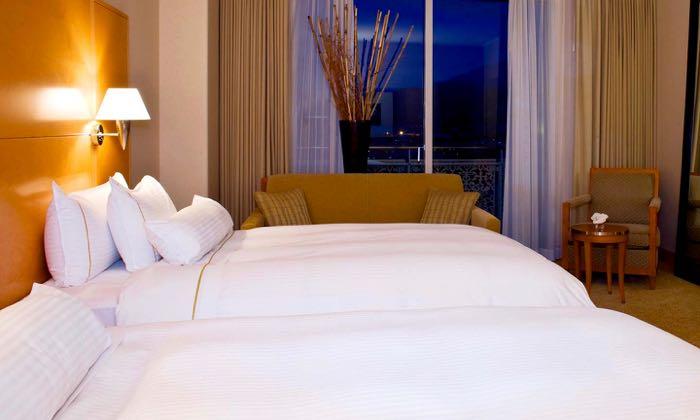 Best luxury hotel near Kyoto.