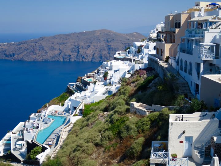 Luxury hotels near Grace Santorini.