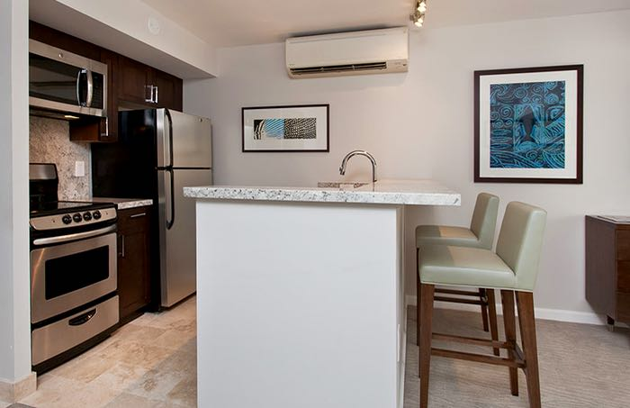 Apartment for families with kitchen in Waikiki, Honolulu, Hawaii.