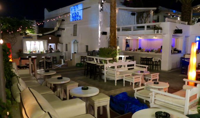 Koo Club and Enigma are the big dance clubs in Fira. Oia has a few bars and places to drink but no clubs.