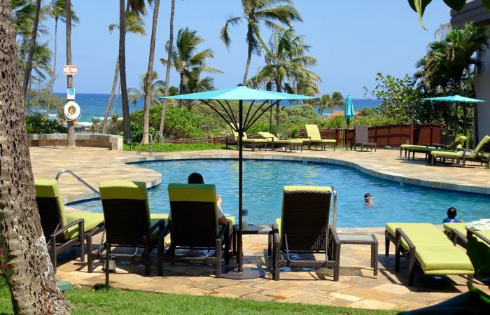 Good hotel for family with pool in Hawaii.