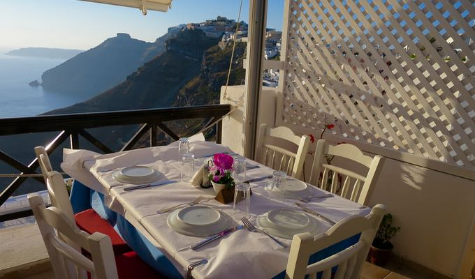 Best restaurant with a view in Fira.