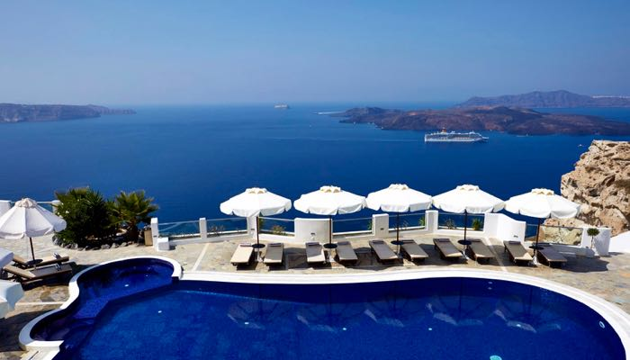 Hotel with caldera view in Santorini where the Kardashian's stayed.