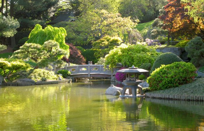Brooklyn Botanic Garden is one of New York's most popular green spaces.