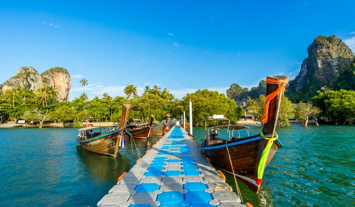 When is the best time to go to Thailand for good weather?