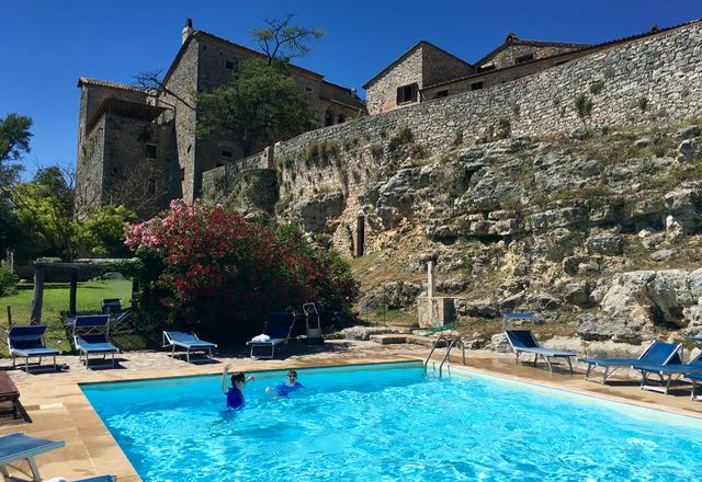Tuscany and Umbria Agriturismo with swimming pool for Family