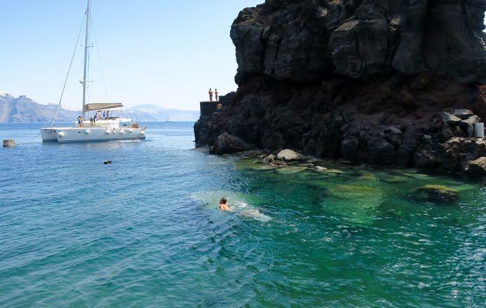Swimming spot on Oia-Fira walk.