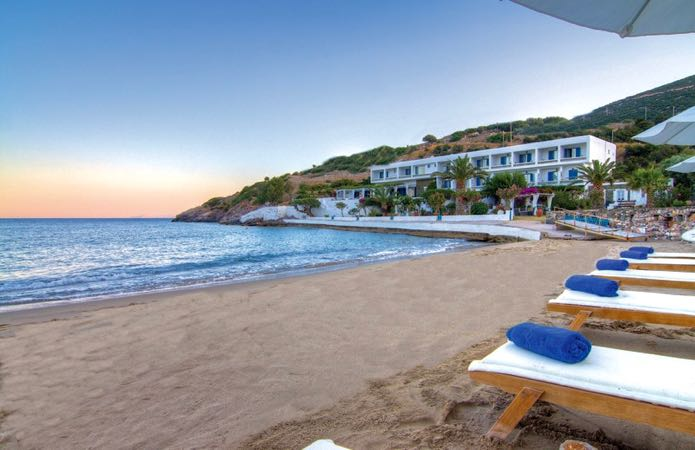 Best cheap hotel on Sifnos beach.