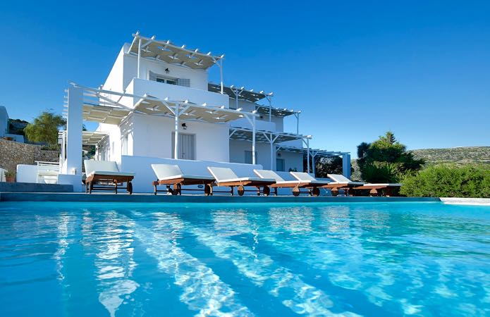 Luxury Milos hotel with pool.