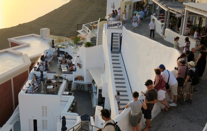 Best bars with view of volcano and sunset in Santorini.