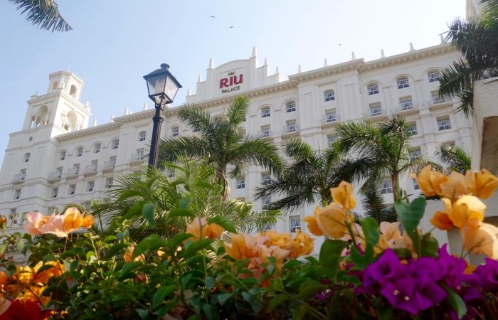 Beachfront luxury all-inclusive resort Nuevo Vallarta