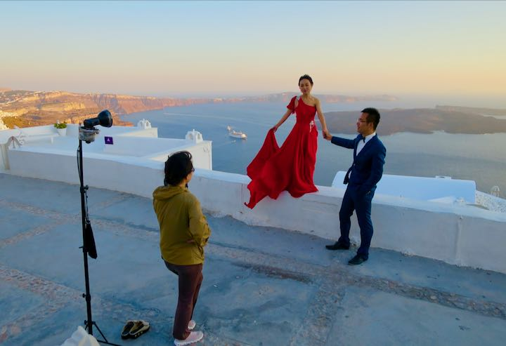 Popular towns and venues for a Santorini Wedding: Oia and Imerovigli.