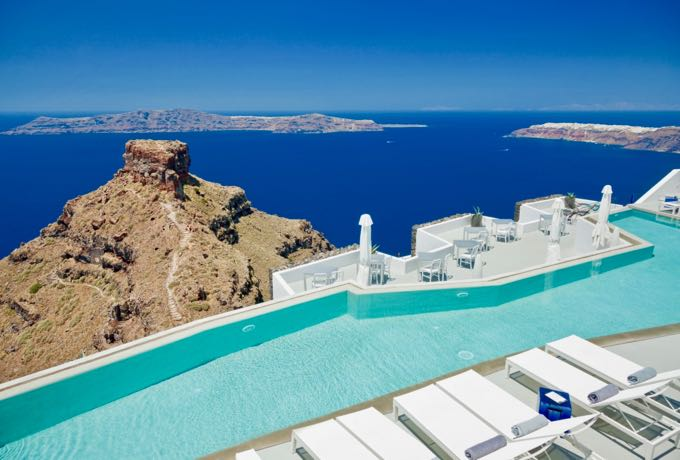 The best hotels for a Santorini holiday.