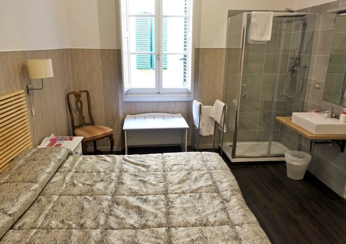 Best chap hotel in Florence