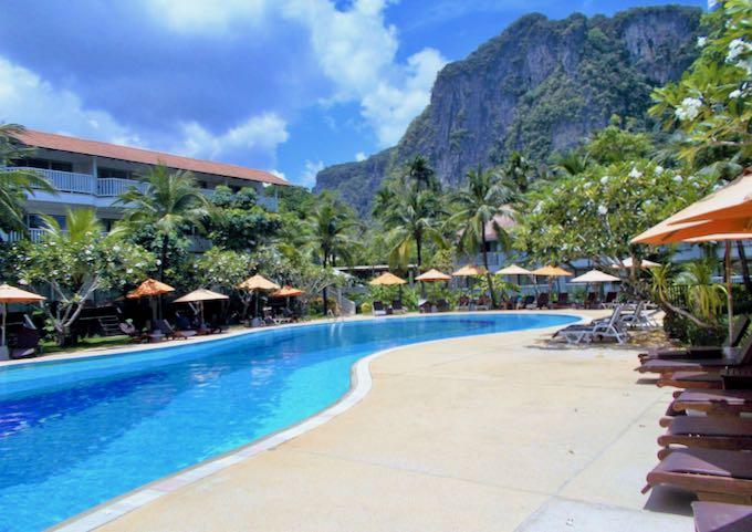 Large pool with amazing mountain backdrop at Ao Nang Villa Resort