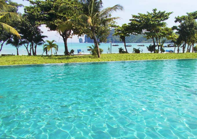 Adorable pool with amazing sea view at luxurious PP Princess Resort
