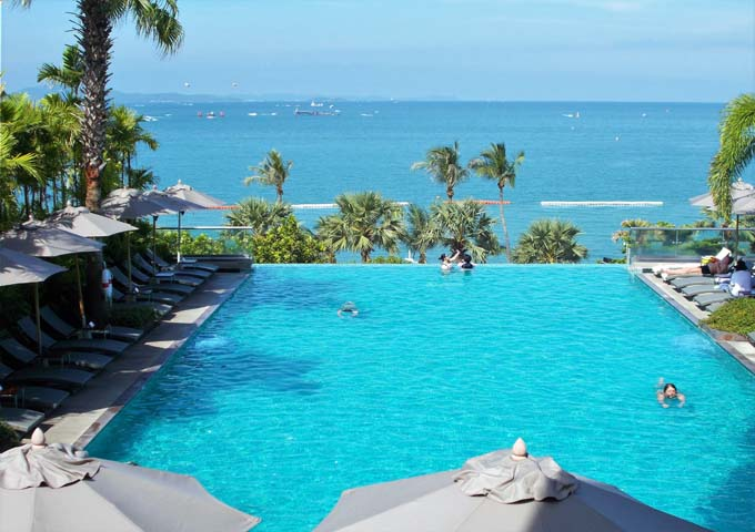 20 BEST HOTELS in PATTAYA - Best Beach Resorts