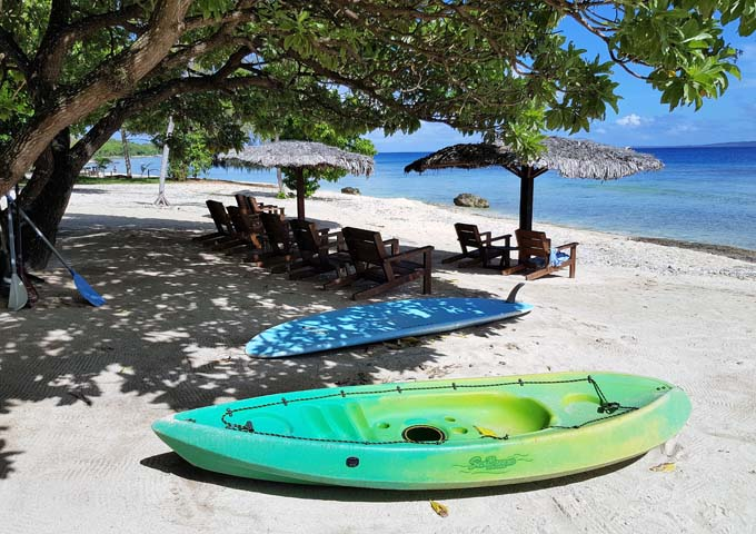 Kayaks and paddleboards can be rented for free.