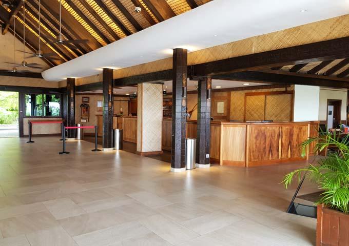 The lobby features a Polynesian decor.