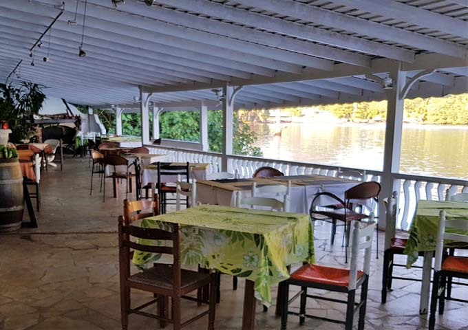Restaurant Te Honu Iti has a good bayside setting nearby.