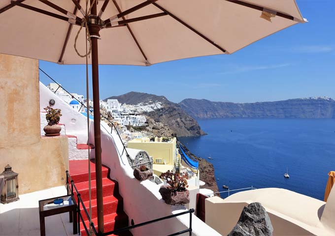 Review of Zoe Aegeas Traditional Houses in Oia, Santorini