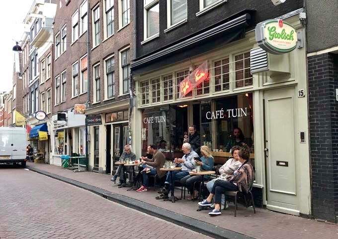 Café de Tuin offers an extensive selection of Belgian beers.