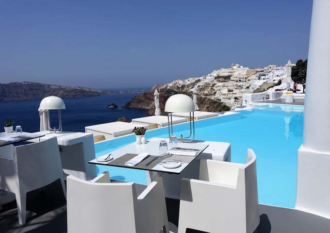 Review of Kirini Santorini Hotel in Oia, Santorini