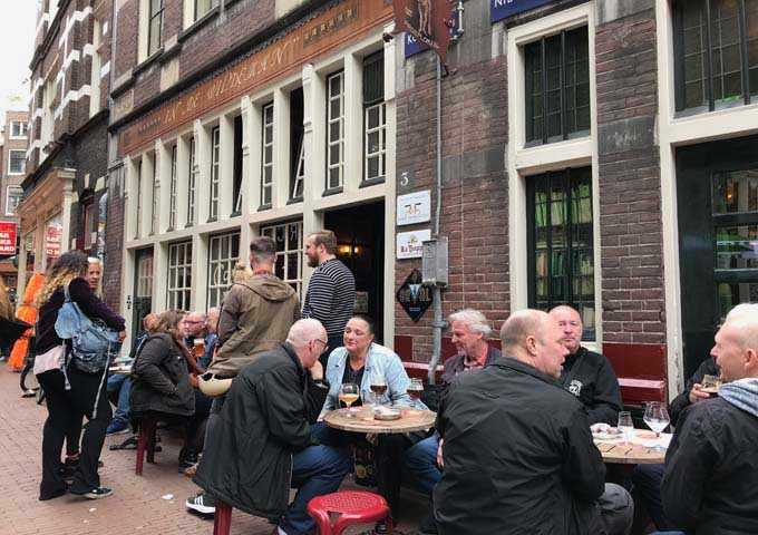 In De Wildeman specializes in Dutch and Belgian beers.