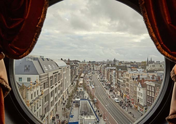 The Penthouse Suite offers excellent views of the Rokin.