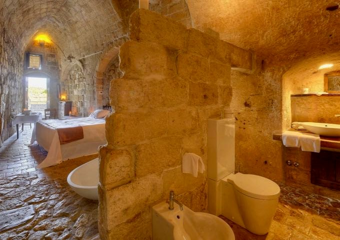 Good cave hotel in Matera.
