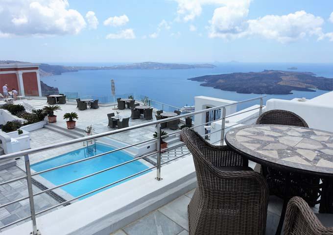 The second floor rooms offer better caldera views.