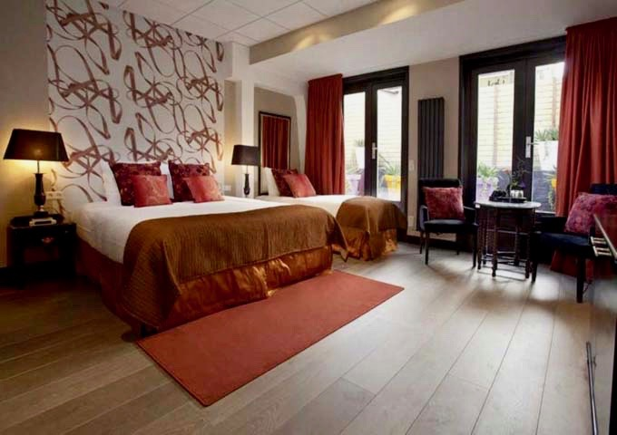 Some Large rooms are spacious enough to accommodate an extra single bed.