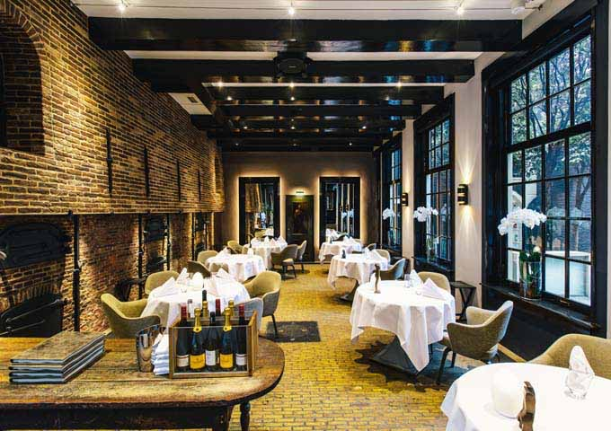 The cozy Michelin-starred Vinkeles serves good French dishes.