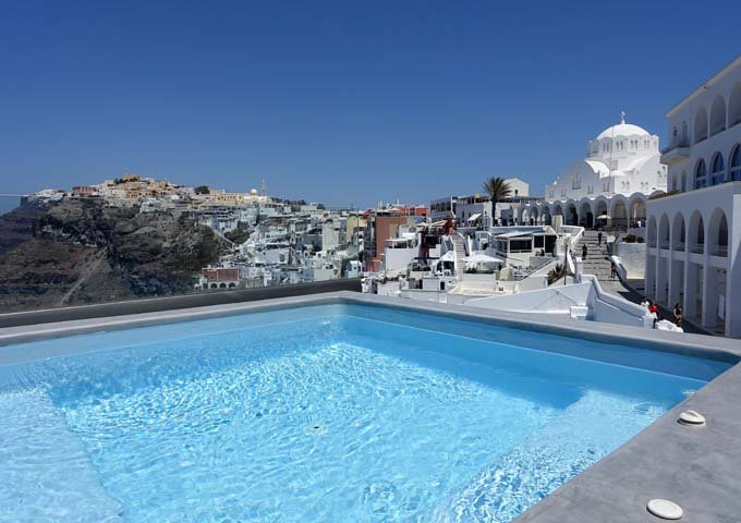 The jacuzzi offers good views of Fira and the caldera.