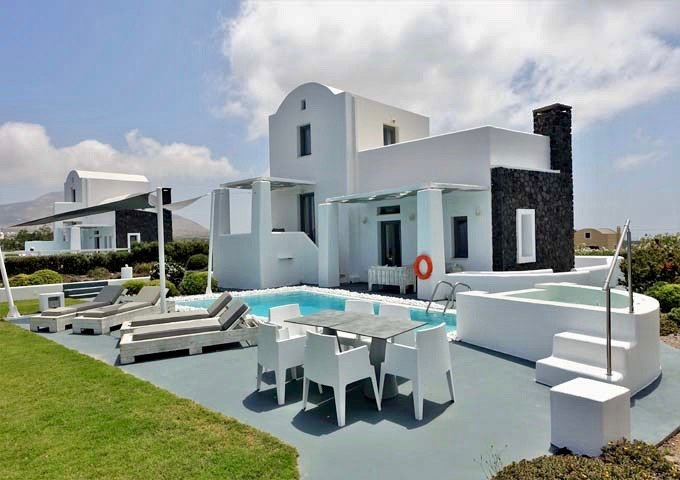 Villas offer decent privacy in the form of hedges and flowering gardens.
