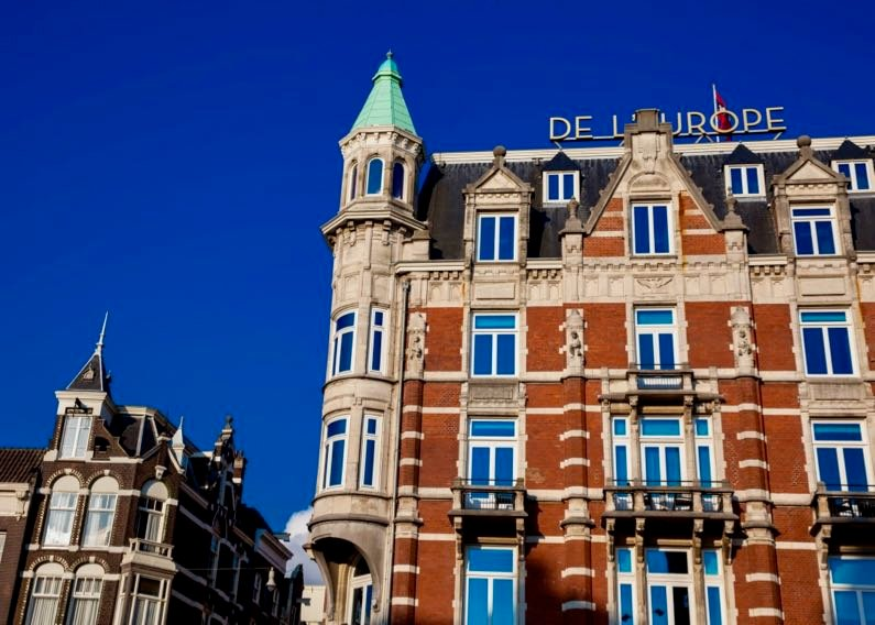 What is the best luxury hotel in Amsterdam, Netherlands?
