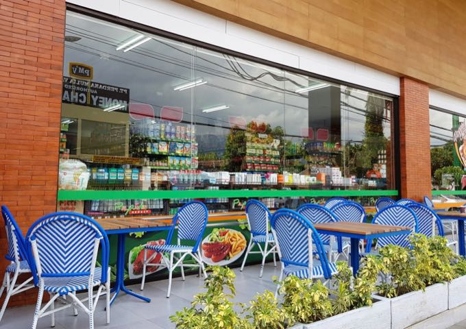 The well-stocked Pepito Supermarket is within walking distance.