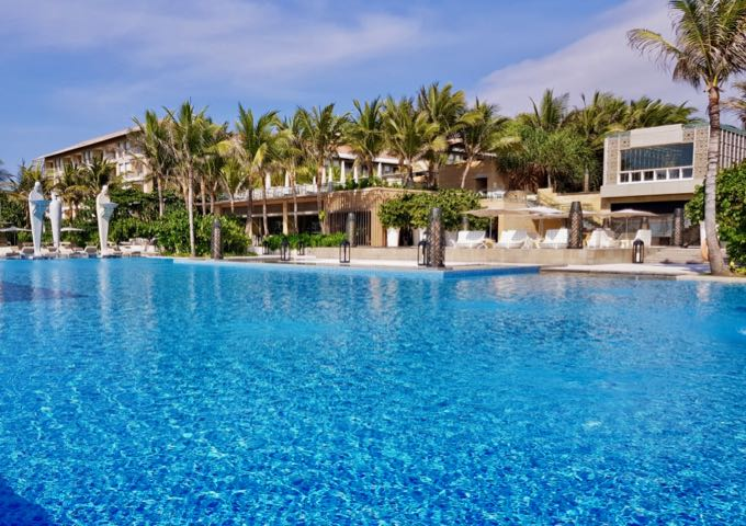 Review of Mulia Resort & Villas in Bali.