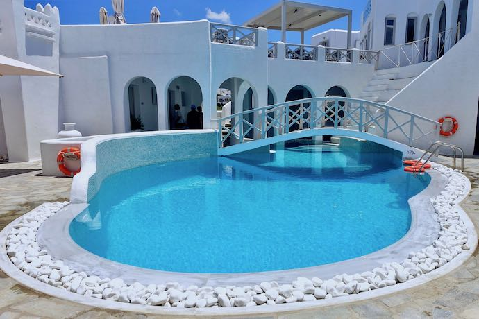 Kanales Rooms and Suites in Paros